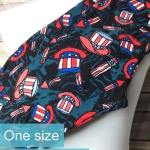 LuLaRoe Americana ONE SIZE Leggings **NEW**